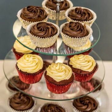Chocolate Mud & Red Velvet Cupcakes